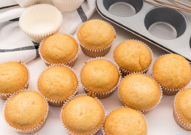 cupcakes--ζαχαροαλοιφη-βουτήρου